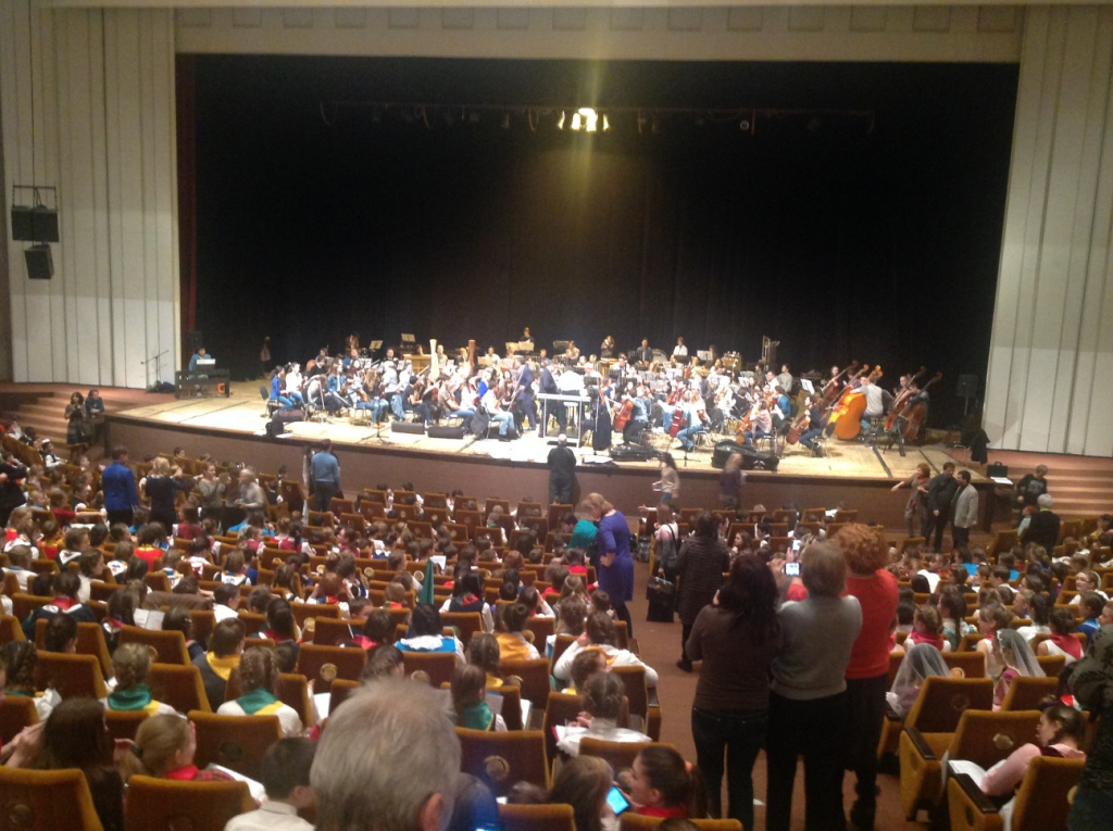 Подготовка к репетиции с оркестром Мариинского театра.JPG